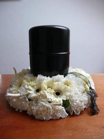 dekoracja urny