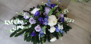 wiązanka z kwiatów sztucznych