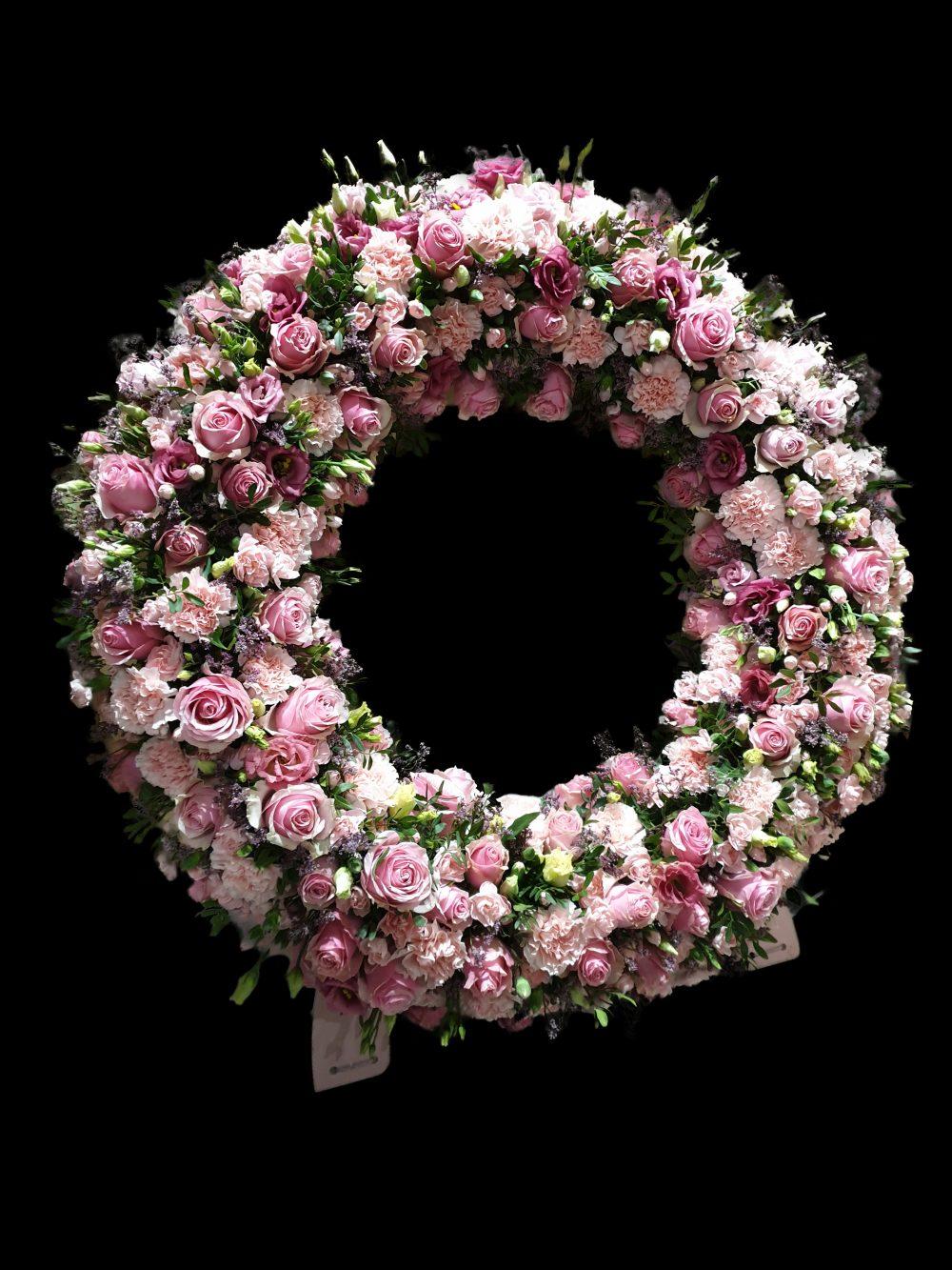 Kwiaty Na Pogrzeb Kompozycje Nagrobne Wiazanki Wience Pogrzebowe